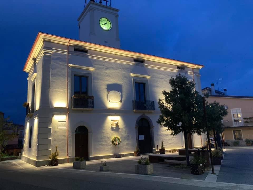 Nuova illuminazione Palazzo Comunale